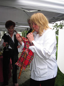 Betsy Getting her bagpipe on