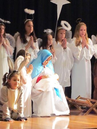 2011-12-18 3rd Gr Live Nativity/Christmas Caroling