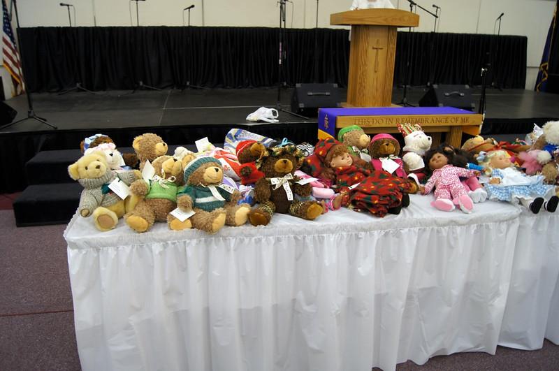 2011 11 Charity Dolls N Animals - 1