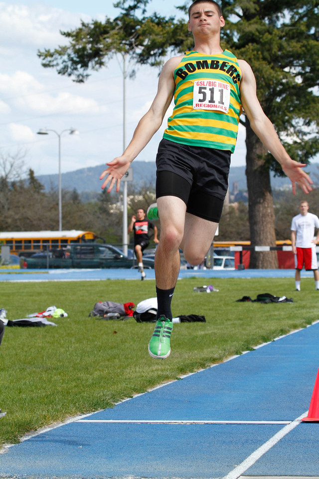 2011 Regionals - Long & Triple Jumps