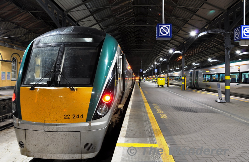 22044 at Heuston with the 2210 to Portlaoise. Thurs 14.04.11