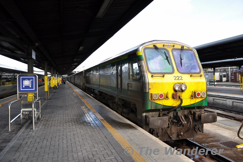 222 at Heuston before departure of the 1800 to Cork. Thurs 07.04.11
