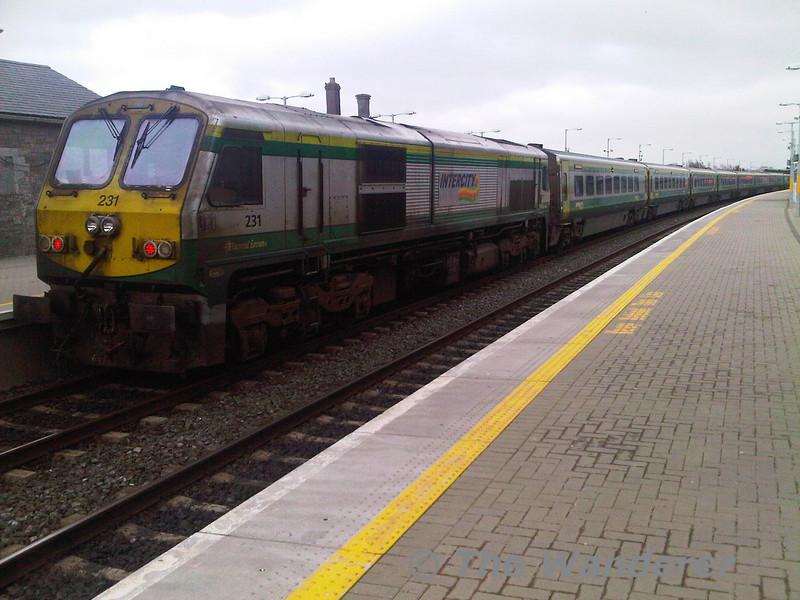 231 at Portarlington on the rear of the 1630 Cork - Heuston.  Fri 01.04.11