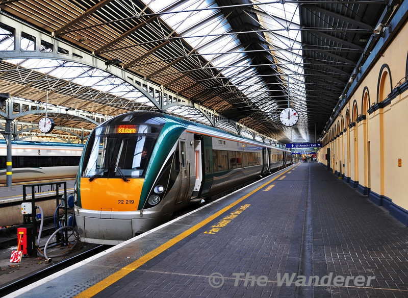 Kildare Line Regular 22019 stands at Heuston prior to departure of the 1215 Commuter service to Kildare. Sun 18.12.11