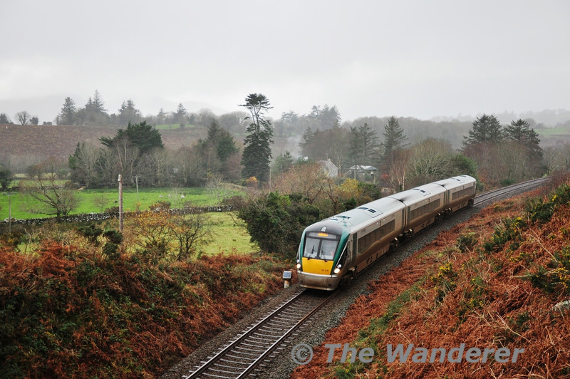 22016 is pictured near Minish with the 1315 Tralee - Mallow. Sat 10.12.11