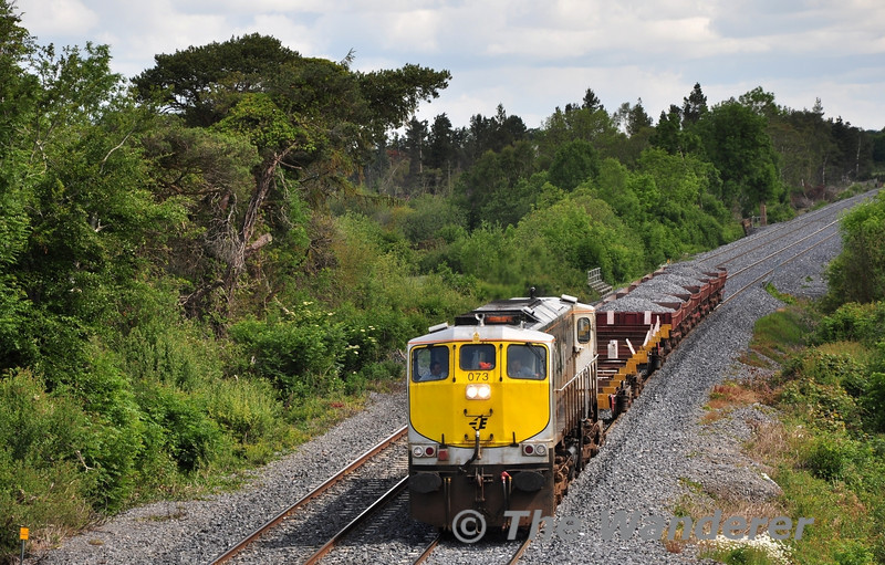 The Barytes train operated from North Wall to Portlaoise on Saturday 11th June 2011 hauled by 073. It is seen passing Ballykillane between Portarlington and Portlaoise. Sat 11.06.11