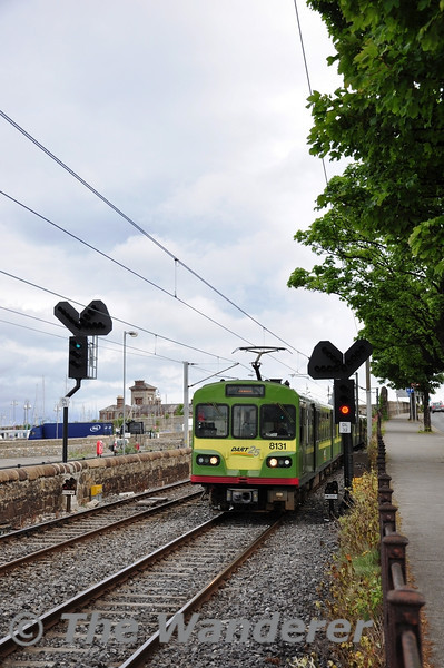 The 1325 Bray - Howth leaves Dun-Laoghaire with 8131 + 8132 + 8129. Sat 21.05.11