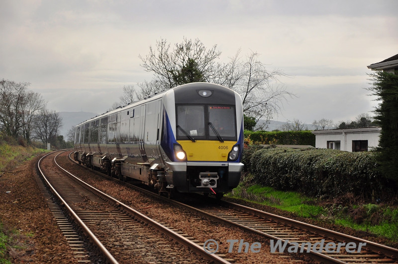 The late running 1330 York Road Depot - Whitehead RPSI 4000 Class Trial passes Trooperslane with 4006. Mon 21.11.11