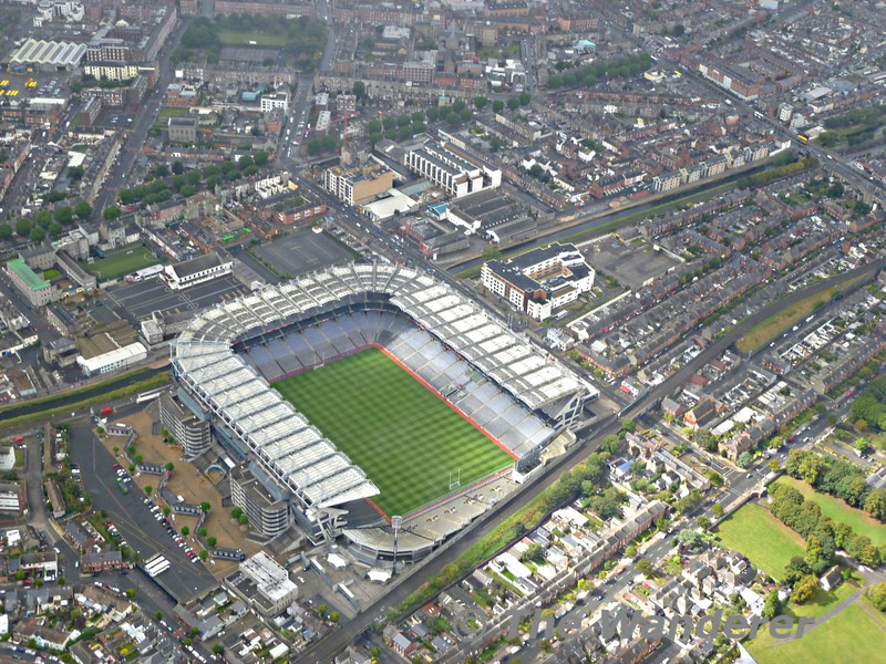 The home of the Gaelic Athletic Association (G.A.A.), Croke Park Stadium in Drumcondra. Croke Park is sandwiched between two railway lines. To the north (closest to the camera) is the GS&WR route which was built to allow the southern company reach the docks at North Wall from Heuston. Today this route is used by all Connolly - Sligo Intercity services, Pearse / Connolly - Maynooth / Longford Commuter services plus M3 Parkway services which operate into Connolly . To the south of the Stadium is the MGWR route from the Midland line at Liffey Junction, again built to serve the Docks at North Wall. Today the route is used by Docklands - M3 Parkway services. In emergencies Sligo and Maynooth services can access Connolly Platform 7 using this route. Sat 27.08.11