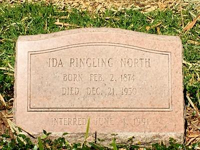 Ringling Graves