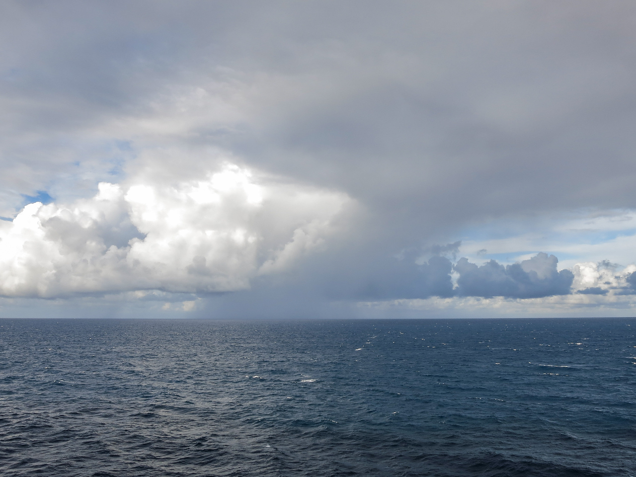 Clouds & Rain @ Sea
