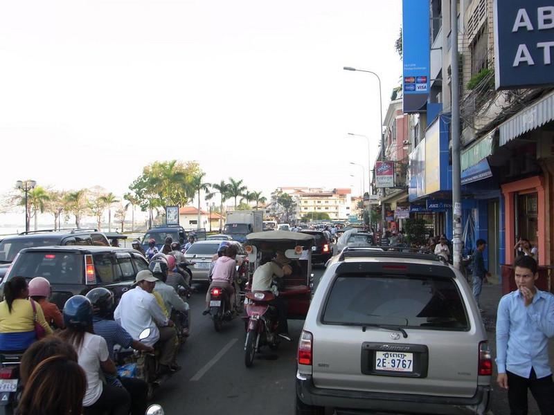 Traffic in the Tuk Tuk
