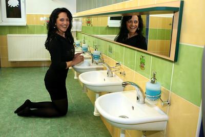 """""""VELKÁ"""" zpěvačka v koupelně"""