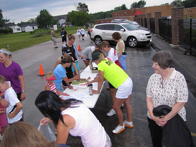 '11 Chardon Schools FDN Race for Education
