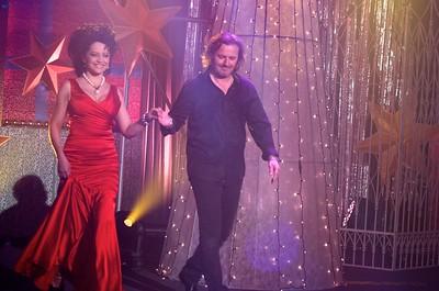 2011-12-14 PrimaTV a krest a Kladno - Lucie Bila