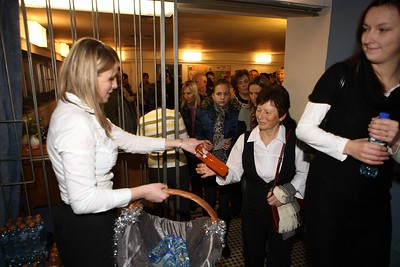 2011-12-21 Bile Vanoce Zlin - Lucie Bila