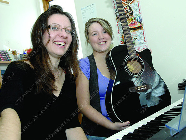 Dawn Boudreau and Erika Callewaert will be preformimg for a fundraiser this Friday evening at Art Space. Citizen photo by Brent Braaten March 9 2011
