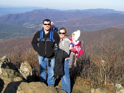 Jesse, Brynn, Julie and Aubrey on top of Stony Man.