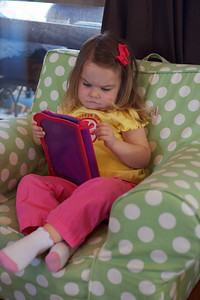 Anna playing with her VReader