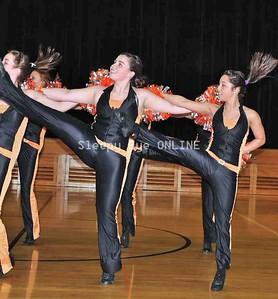 20110217danceline5