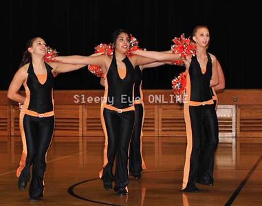20110217danceline6