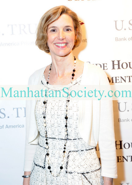 "NEW YORK-JANUARY 20: <a href=""http://mediaroom.bankofamerica.com/phoenix.zhtml?c=234503&p=irol-govBio&ID=197634""target=""_blank"">Sallie Krawcheck</a>,  President of <a href=""https://www.bankofamerica.com/planning/investments.action""target=""_blank"">Global Wealth and Investment Management</a>, Bank of America attends 57th Annual Winter Antiques Show Opening Night Party on Thursday, January 20, 2011 at The Park Avenue Armory, Park Avenue at 67th Street, New York City (PHOTO CREDIT: ©Manhattan Society.com 2011 by Christopher London)"