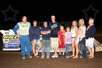 late model track champ w family