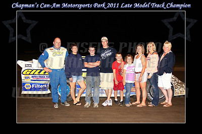 late model track champ w family border w text