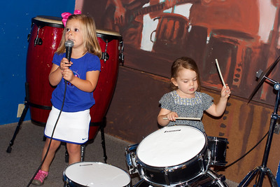 It's the Leah and Anna Band!