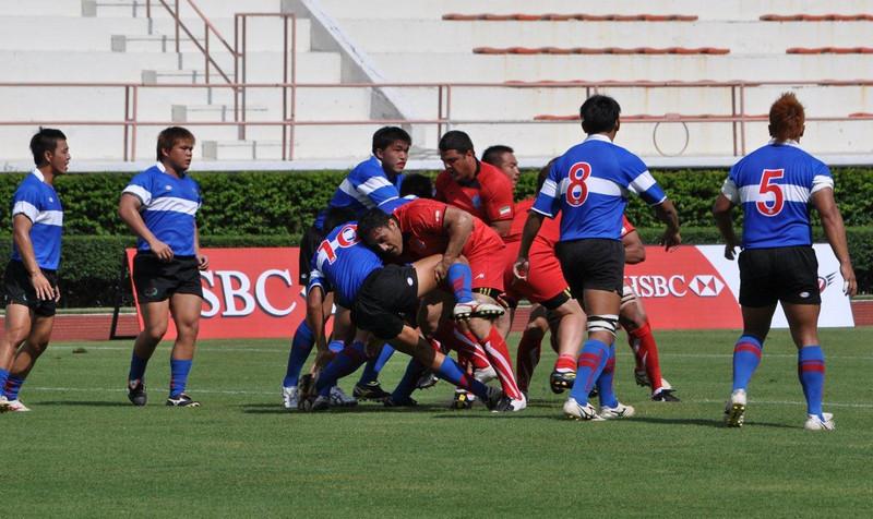 中華隊潘智祥被伊朗隊選手擒抱,此役他為台灣踢進9分。