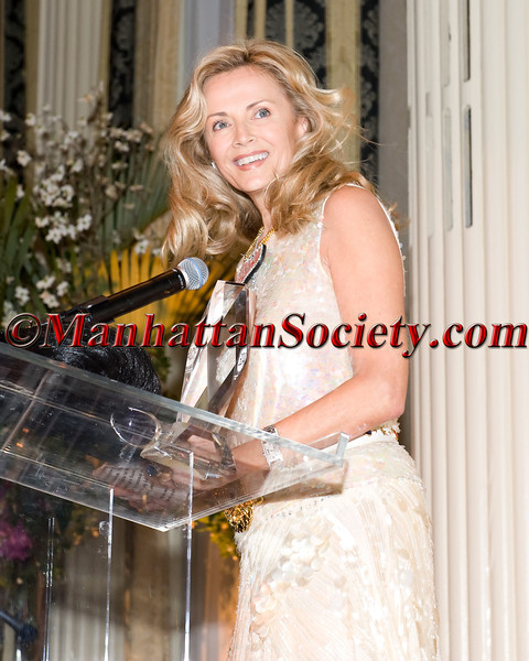 Honoree Bonnie Pfeifer Evans