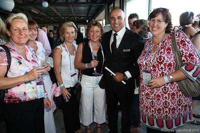 Amanda Anker (SCEC), Genny Gordon (Cairns Convention Centre), Rosie Douglas (BusinessEvents Cairns), Robert Lance (Atlantic Group), Marina McKeague (Perth Convention Bureau)