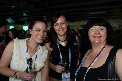 Sabrina Kamann and Charlotte Stasiukynas (Business Event Sydney), Tania Goodacre (Australian Medical Ass)