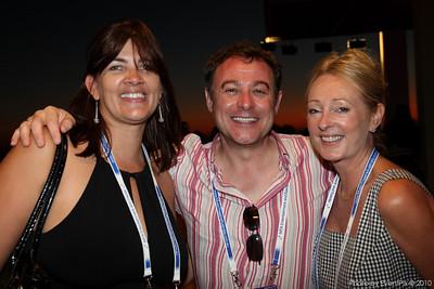 Wilna Van Eyssen (EventSmart), Chris Clarke (P&MM Travel), Sharon Hartley (Delaware North Australia)
