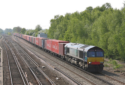 66429 Worting Jct 28/04/11 4M61 Millbrook to Trafford Park