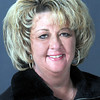 AMY AULER IS CANDIDATE FOR 1ST DISTRICT COUNCIL