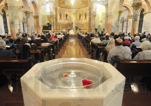 Tribune-Star/Rachel Keyes<br /> Resurrection day: Hundreds of people attended the Easter morning mass at St. Mary of Wood.