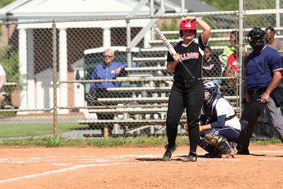 Number 17, McKenzie Morenus, at bat.