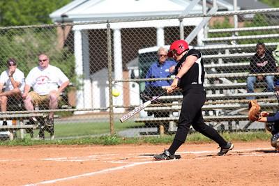Number 17, McKenzie Morenus, at bat.