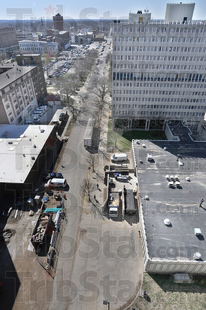 Tribune-Star/Jim Avelis<br /> Uncertain future: The view from the roof of Mills Hall on the Indiana State University campus shows 5th Street stretching south past Blumberg Hall and across Wabash Avenue.