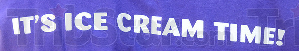 Ice cream time: Detail of shirt