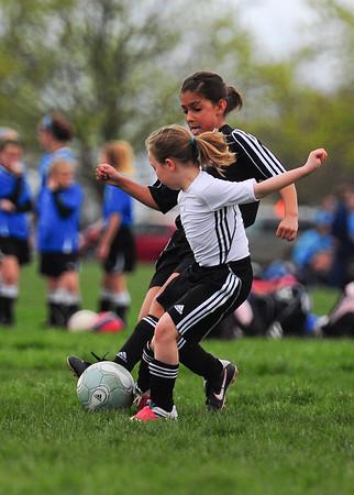 Girls U9 - Perrysburg U9 vs Saline Swarm 02 Gold