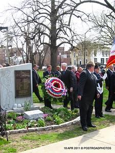 20110418_Bridgeport_CT_L'Ambiance_Plaza_Memorial_2011-06