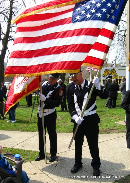 20110418_Bridgeport_CT_L'Ambiance_Plaza_Memorial_2011-14