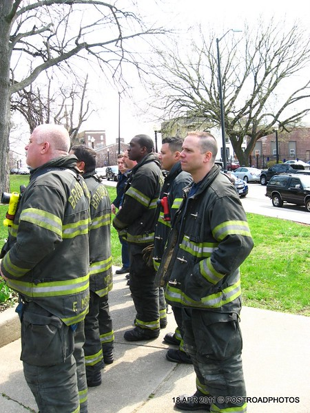20110418_Bridgeport_CT_L'Ambiance_Plaza_Memorial_2011-10