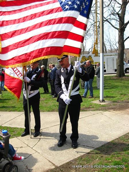20110418_Bridgeport_CT_L'Ambiance_Plaza_Memorial_2011-15