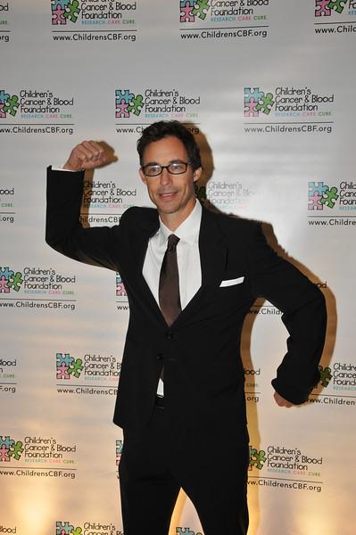Tom Cavanagh (Matt Friedman)