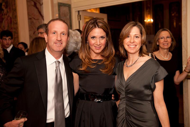 Dan Nir, Erika Marsh, Jill Braufman (Sharon Schuster)