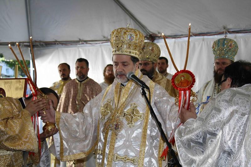 Consecration Holy Trinity (251).jpg