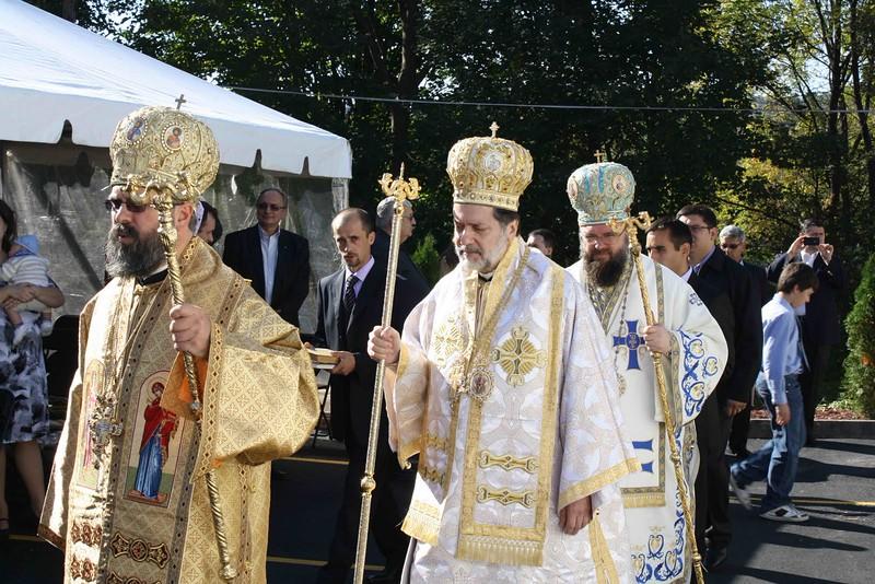 Consecration Holy Trinity (236).jpg